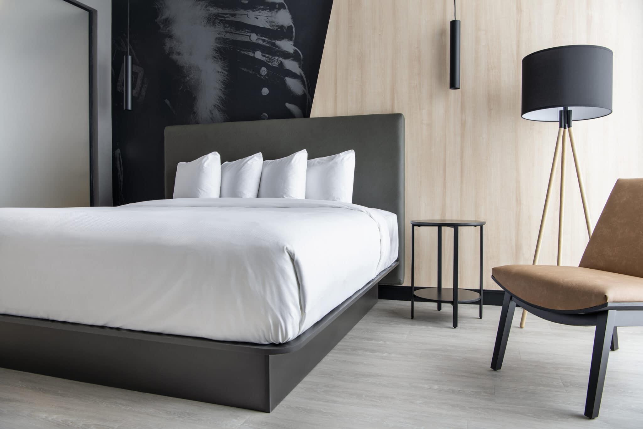 Dakotadunes King Bed